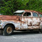 車のサビ補修はどうやるの?穴の修理も解説!